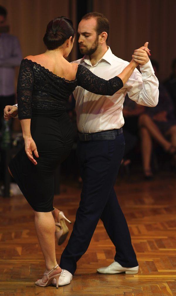 Argentin Tangó az ölelések tánca